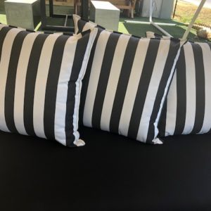 Anti fade canvas outdoor cushions black and white