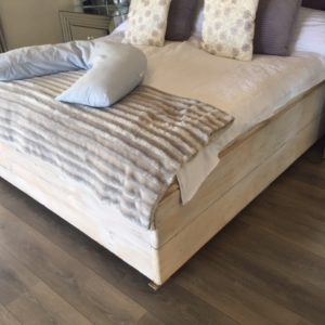 Bed Box White Sandblasted Pine